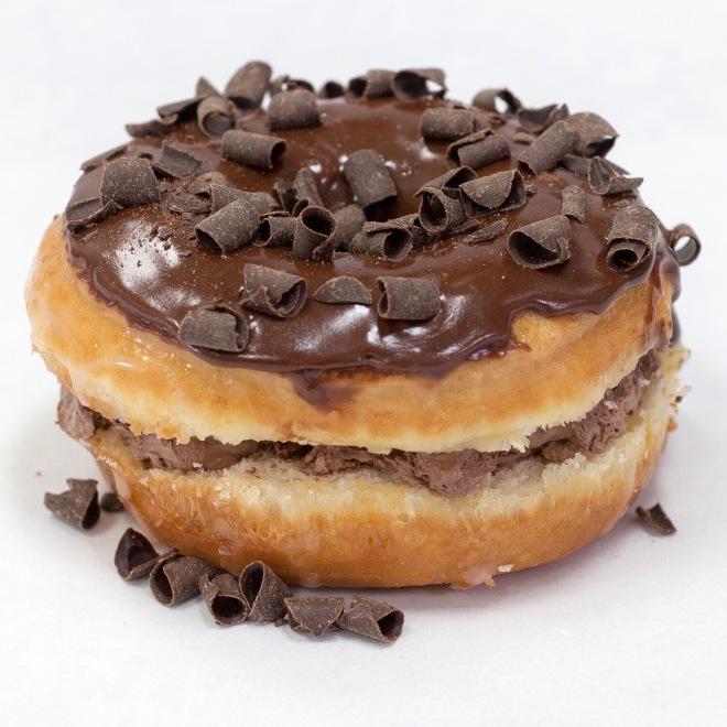 Vegan-chocolate-donut